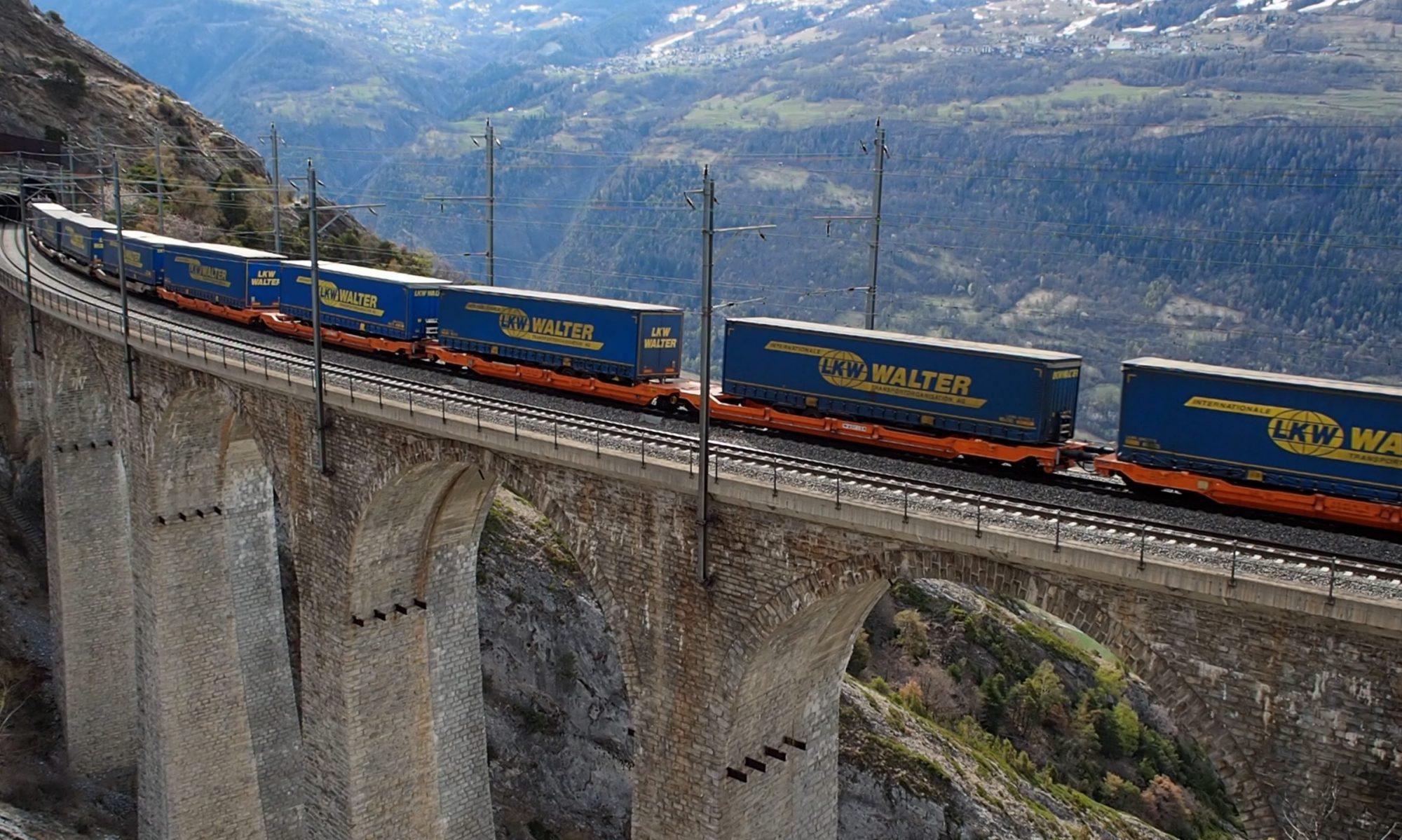 Alpenbahnen in TT